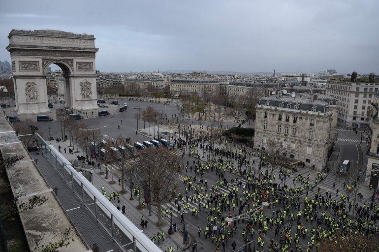 o - 28 imágenes que muestran el drama de las protestas en Francia