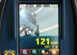 Em trecho de 60km/h, PRF flagra motocicleta a mais de 120 Km/h na BR-470 em Bento