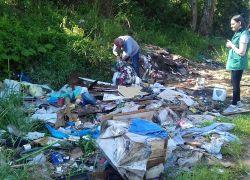 SMMAM atende denúncia de descarte irregular de resíduos sólidos no Barracão em Bento