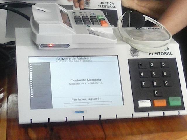 Cartórios eleitorais de Assis lacram urnas para o segundo turno do próximo domingo