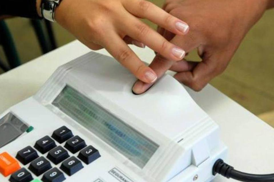 Cartório monta escritório itinerante que levará cadastro biométrico para eleitores da região