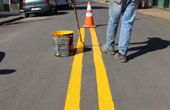 Departamento de Trânsito reforça sinalização de Ruas e Avenidas de Assis