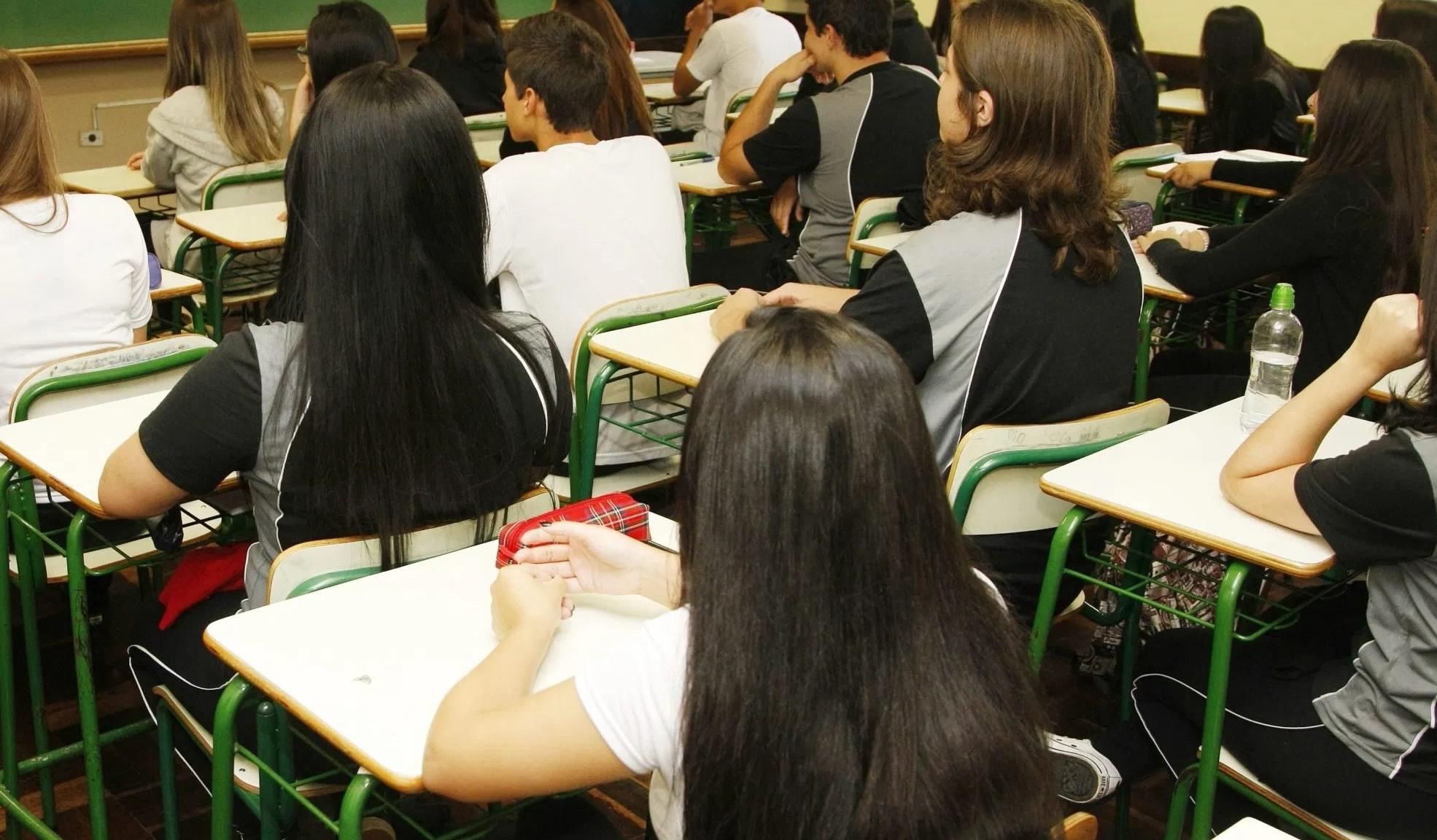 Escolas deverão notificar Conselho Tutelar se alunos faltarem neste início de ano letivo