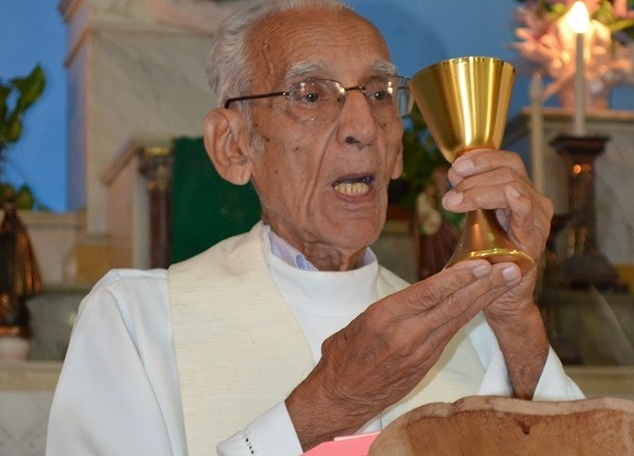 Figura ilustre de Assis, Monsenhor Floriano de Oliveira Garcez morre aos 94 anos