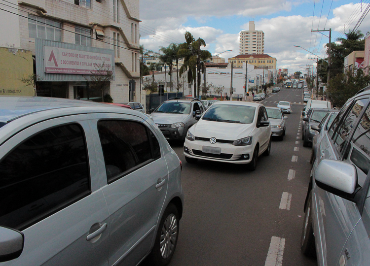 Departamento Municipal de transito de Assis toma medidas para diminuir número de acidentes em alguns pontos das principais vias da cidade