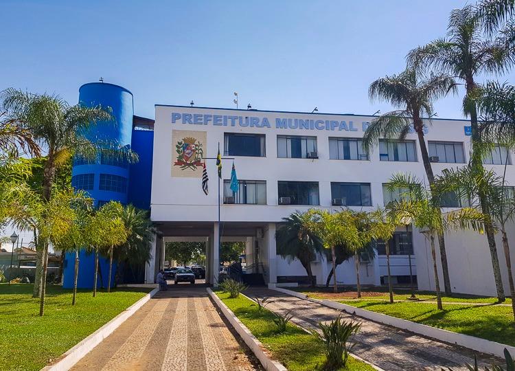 Prefeitura Municipal de Assis suspende ponto facultativo nas repartições municipais durante o Carnaval.