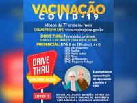 Prefeitura antecipa vacinação e começa a imunizar idosos de 77 anos