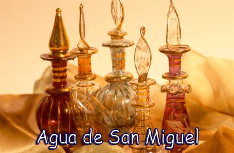 Agua de San Miguel para la protección y limpieza