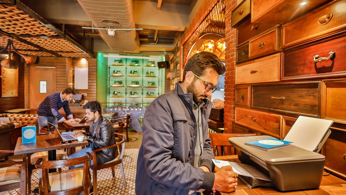 How We Converted Delhi's Most Happening Lounge Into A Perfect Coworking Space