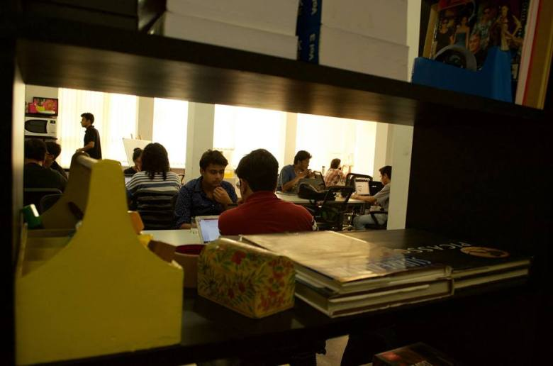 coworking spaces in delhi myHQ Cercles