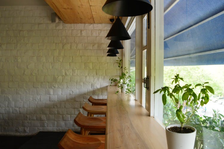 cafes to sit and work in Delhi Perch
