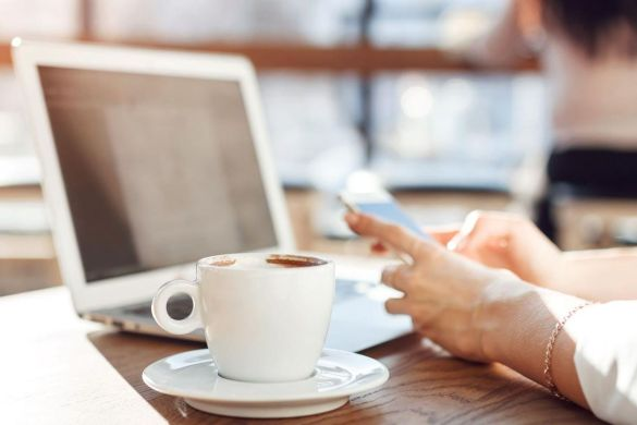 cafes to sit and work in Delhi