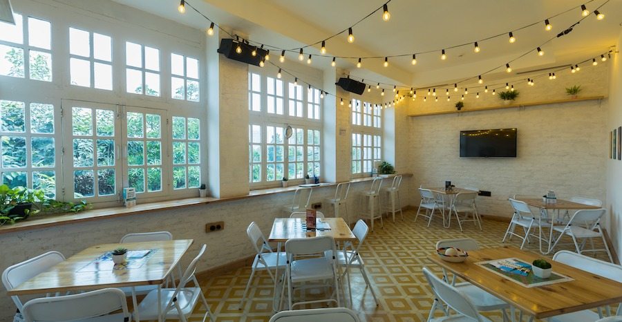book meeting rooms in Delhi - Rodeo Cantina