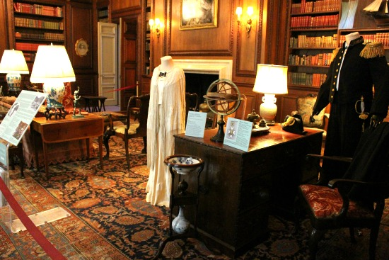 -filoli mansion library