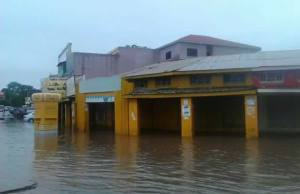 Lusaka's central business district flooded today, January 19, 2017