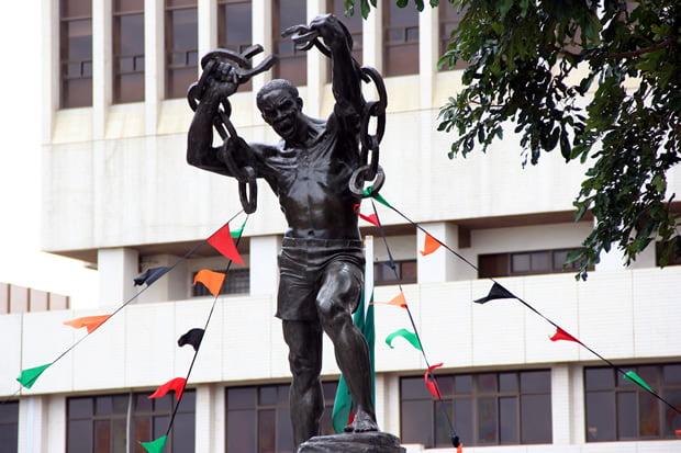 Freedom Statue at Lusaka's Kamwala  Township-picture by Tenson Mkhala