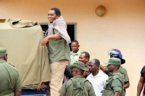 UPND leader Hakainde Hichilema being taken back to Lusaka Central Prison after appearing at Lusaka's Magistrates Court-picture by Tenson Mkhala