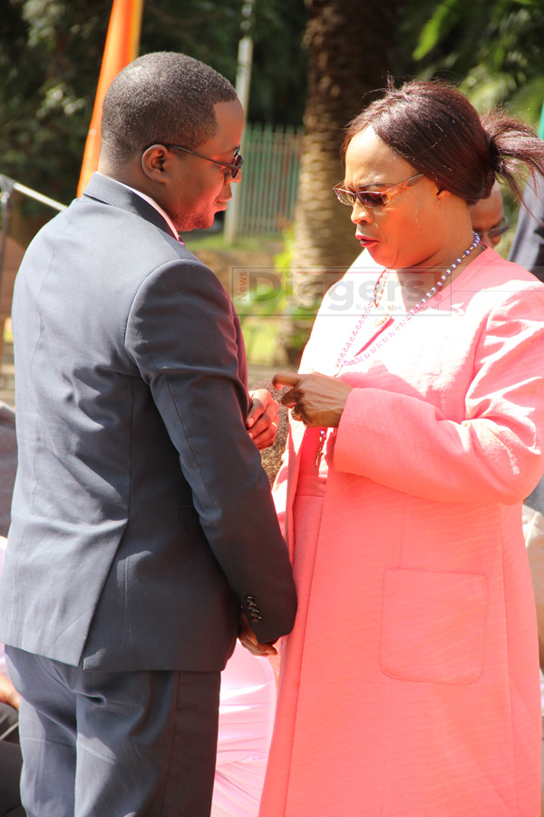 Mumbi Phiri, Makebi Zulu at State House