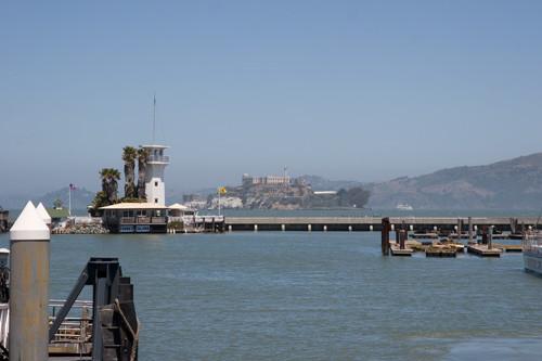 遠くに見えるのは監獄島「アルカトラズ」