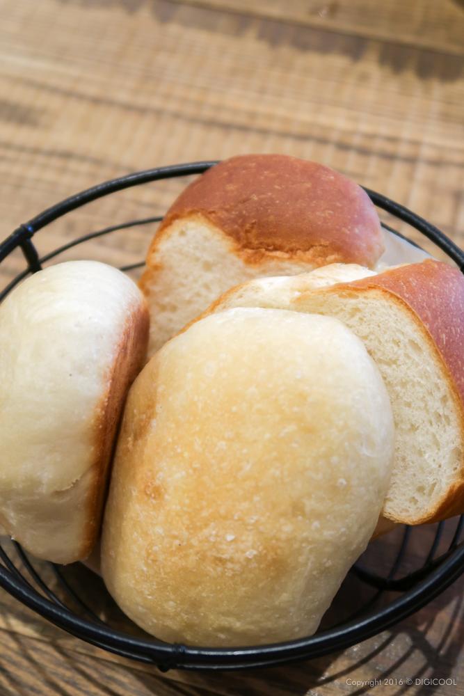パンも美味しい