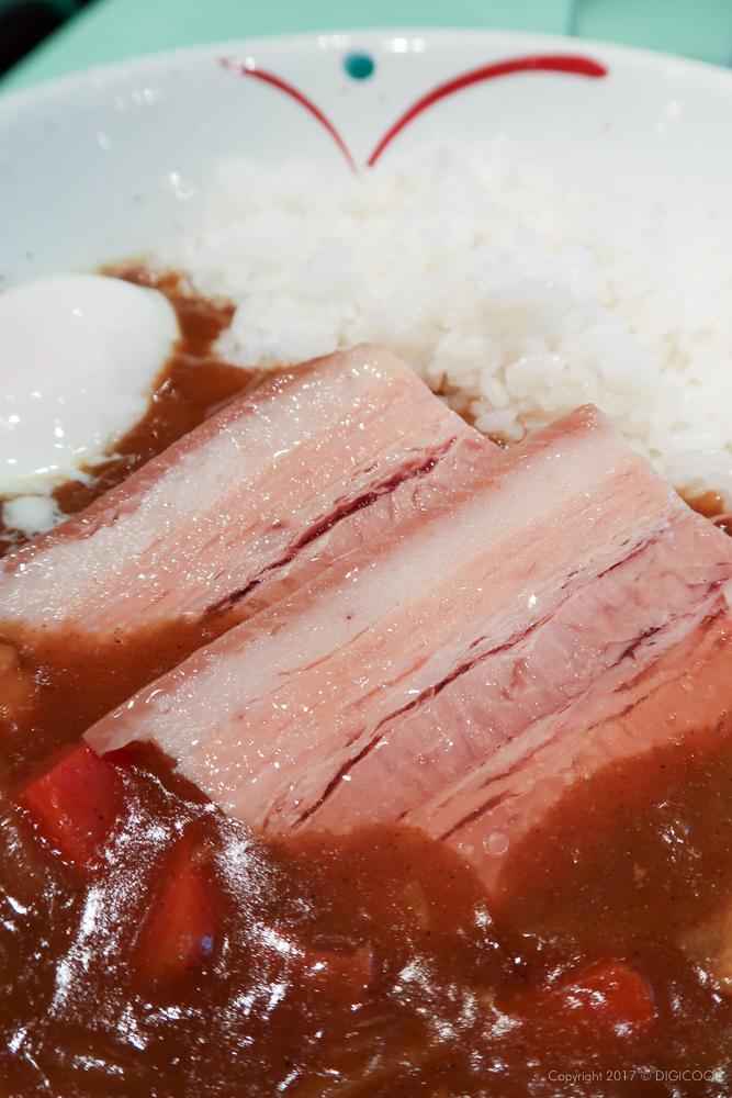 トロットロの豚角煮