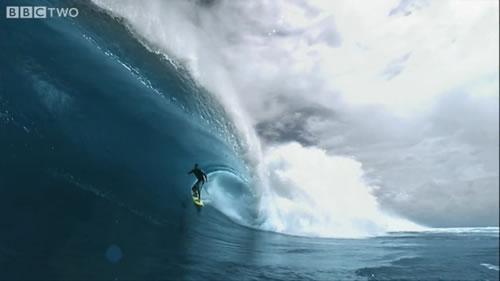お値段1千万! 200,000fpsの超高速HDカメラで撮影したサーフィンが美しい