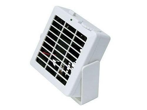 シグマA・P・O、強力マグネットを内蔵したUSB扇風機を発売