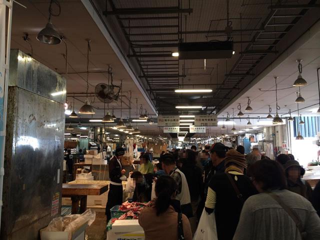 report-131109-nagahama-sengyo-market02