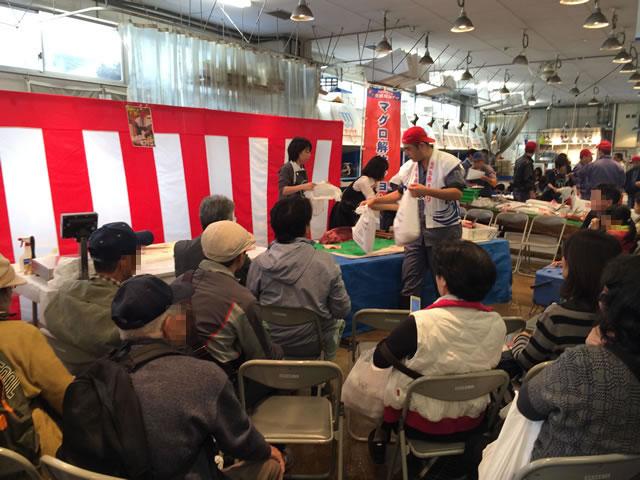 report-131109-nagahama-sengyo-market30