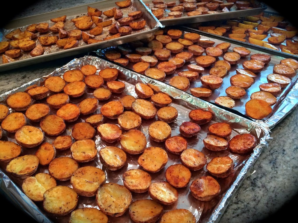 Salty, crunchy roast potatoes are gluten-free and vegan friendly. Sub small sweet potatoes or mix white and sweet!