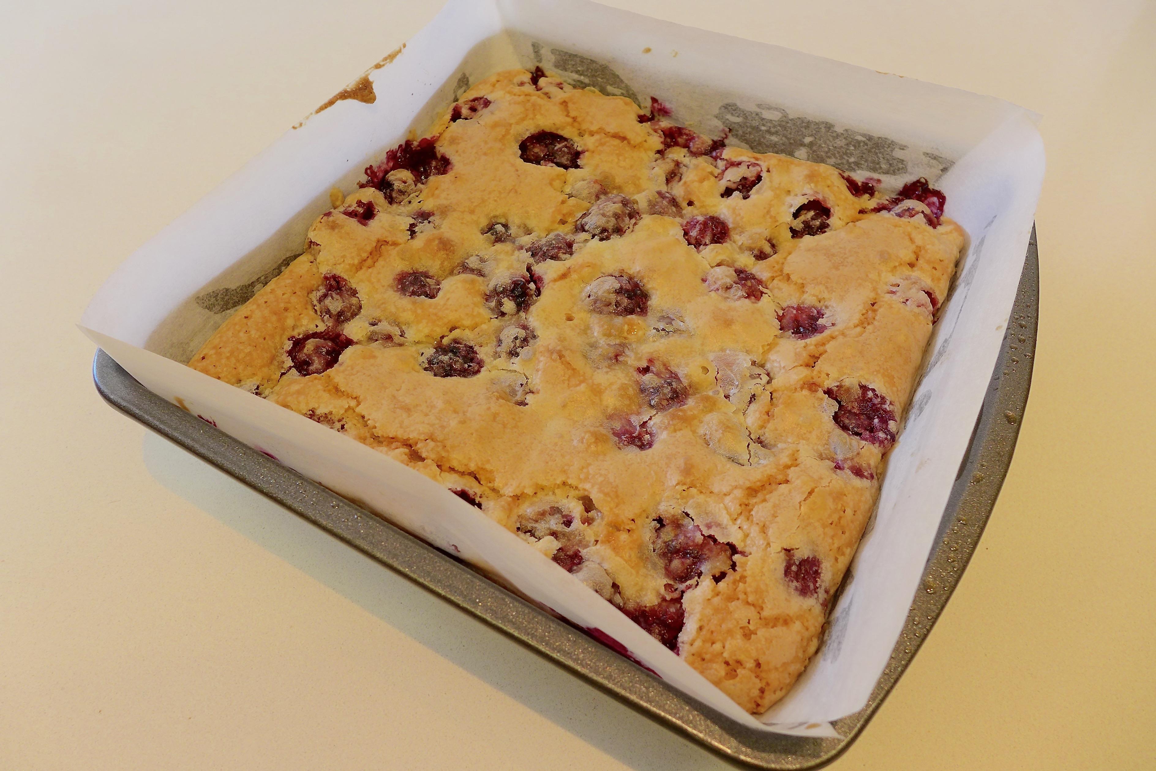 Raspberry and Blackberry Pie cake
