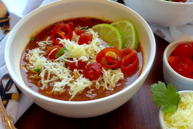 Slow Cooked Chicken Chili