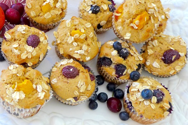 Fruity Brown Sugar Oatmeal Muffins