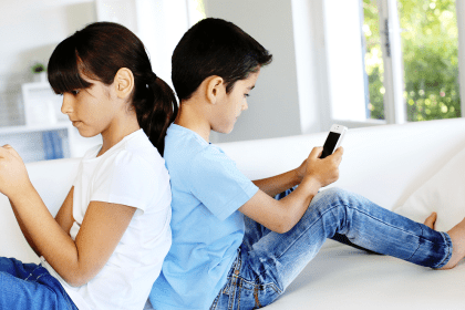 Best Monitoring Technology That Can Protect Your Teen Online