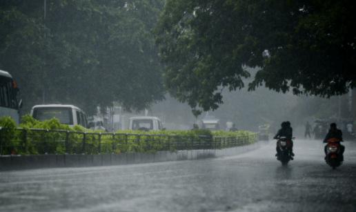 Heavy Rain In Downpour In Kolkata