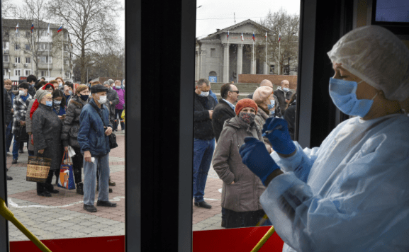 Russia Set To Vaccinate Foreigners