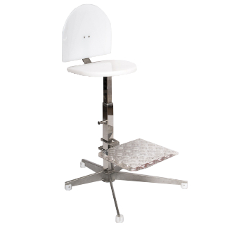 Cadeira alta em inox com apoio para os pês