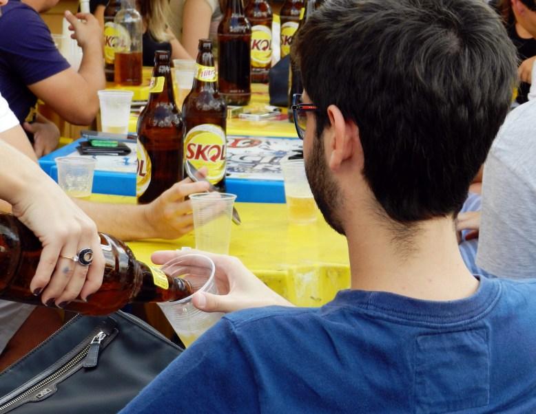 """Ministério da Saúde afirma que foram registradas em 2012, 242 mortes na faixa etária dos 20 aos 29 anos, causadas por """"transtornos por causa do uso de álcool"""" (Foto: Vinicius Oliveira)"""