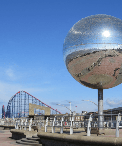 image of the mirrorball in Blackpool