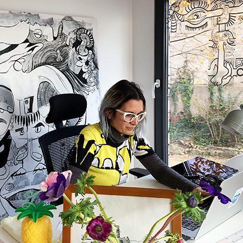 ana digital mural artist / artiste digitale