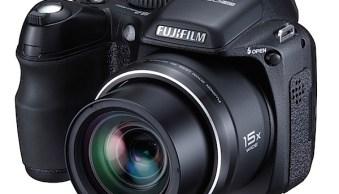 Fujifilm Finepix S2000HD Review