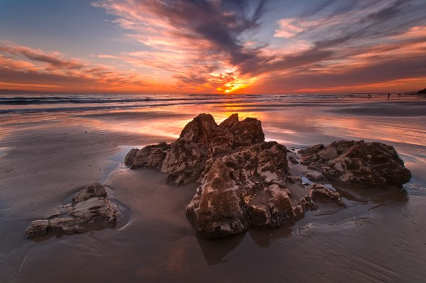 How to Photograph Coastlines - Foregrounds