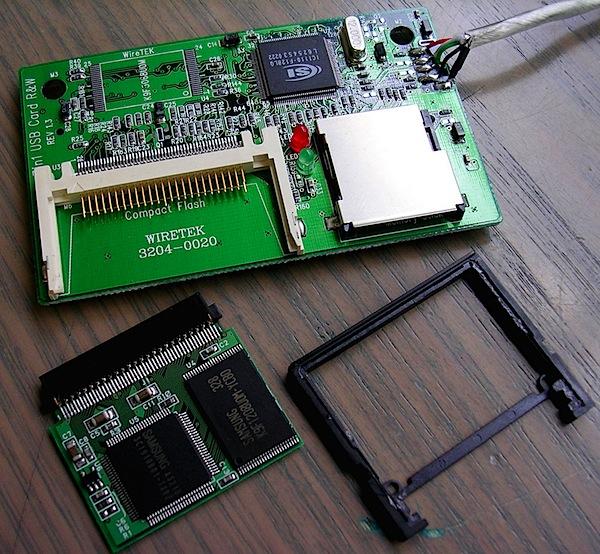 CF card & reader 2.jpg
