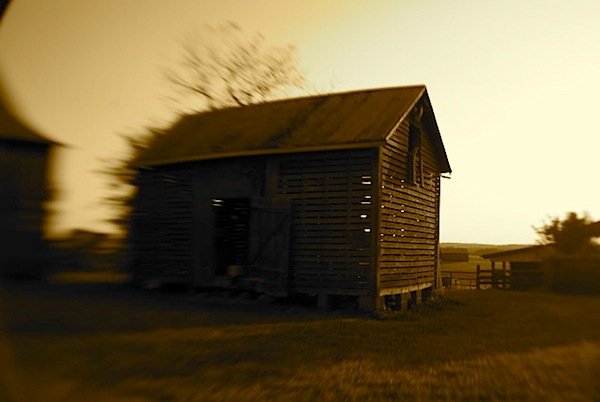 grainhouse.jpg
