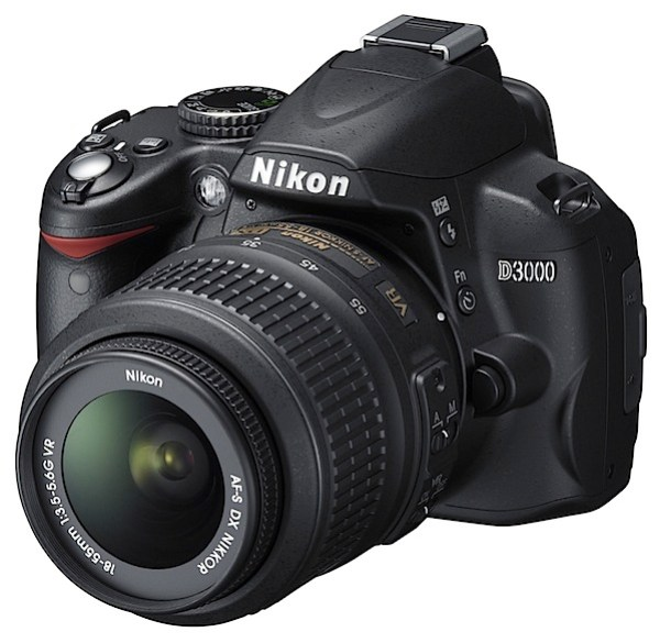 Nikon D3000-front.jpg