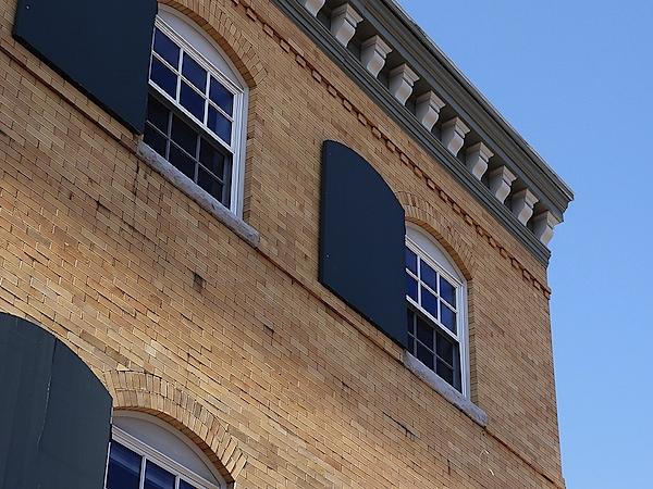 hx5v-building.jpg