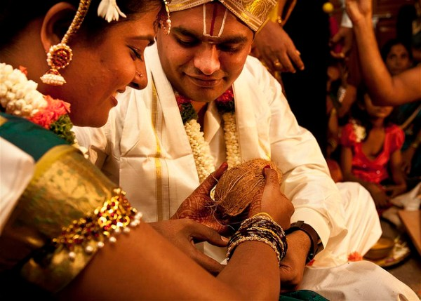 How to Photograph a Hindu Wedding