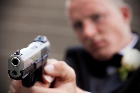 Gun-1-550x366.jpg