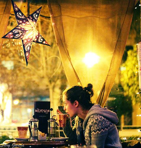 Help Me Photograph a Friends Cafe [dPS Community Workshop]