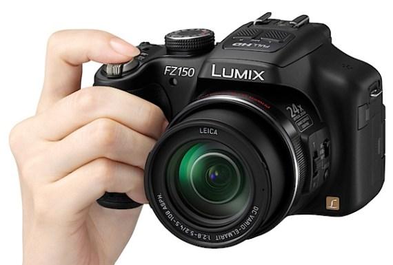 松下Lumix DMC-FZ150 Hand3.jpg